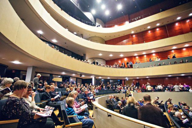 Sibeliustalon akustiikka kerää kehuja niin musiikin ammattilaisilta kuin yleisöltäkin.