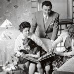 Ilse kuvailee Olavi Virtaa rakastavaksi isäksi, vaikka perheessä ei ollut tapana pitää lapsia juurikaan sylissä ja isä oli myös väkivaltainen. Isä osasi kuitenkin osoittaa kiintymystään lahjoilla, kirjeillä ja korteilla. Olavi ja Irene Virta sekä tyttäret  vuonna 1956.
