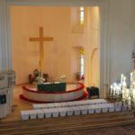 Suomalaisten sankarivainajien arkkuja muistotilaisuudessa Pietari-Paavalin kirkossa Viipurissa.