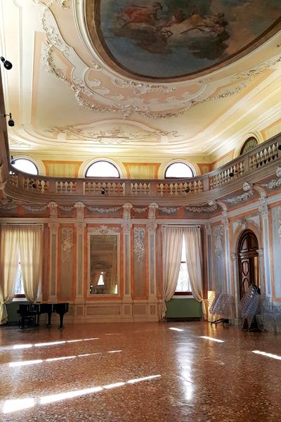 Hotel Monaco & Grand Canalin salit olivat 1700-luvulla peliluolia