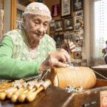 Orimattilalainen Soini Arola on 95-vuotias kutojamestari.