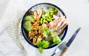 Japanilainen salaattikulho