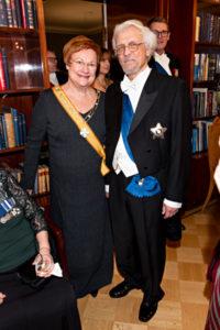 presidentti Tarja Halonen ja Pentti Arajärvi.