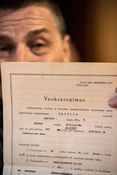 Antti Paksu vuokrasi vuonna 1932 osan maistaan puolustusvoiminen käyttöön.