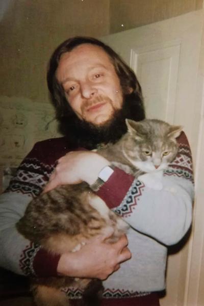 Jäämistöstä löytyi kuva herra Karvisesta, kissasta, jolta ei puuttunut mitään