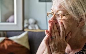Isoäidin murhe lapsenlapsestaan