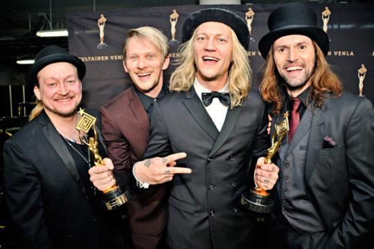 HP:n seurassa Jarno Leppälä, Jarno Laasala ja Jukka Hildén