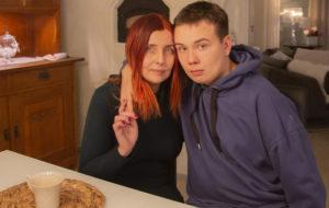 Terhi Vanha joutui ottamaan poikansa Jussi Ilmolan pois Esperin asumispalveluyksiköstä.