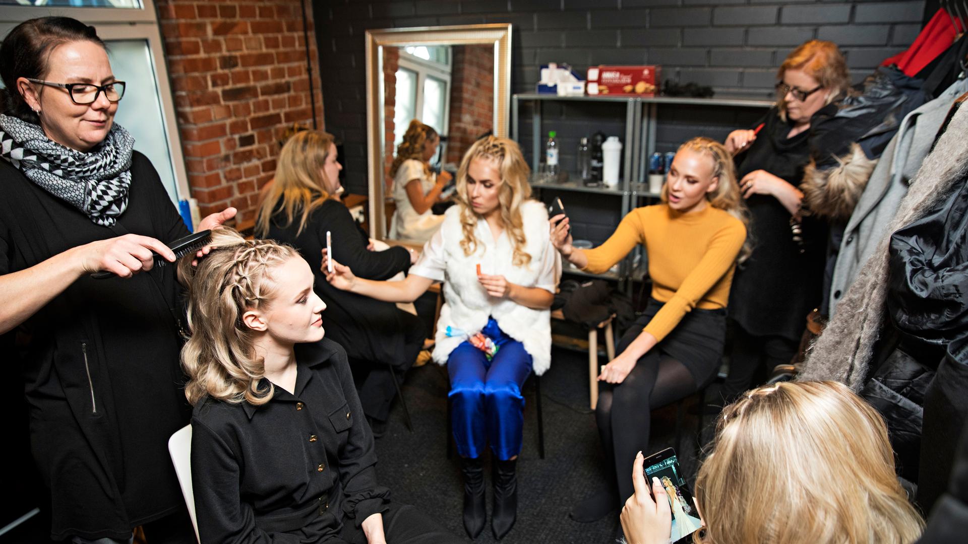Emilia Anttikoski, Alina Voronkova ja Jenny Lappalainen