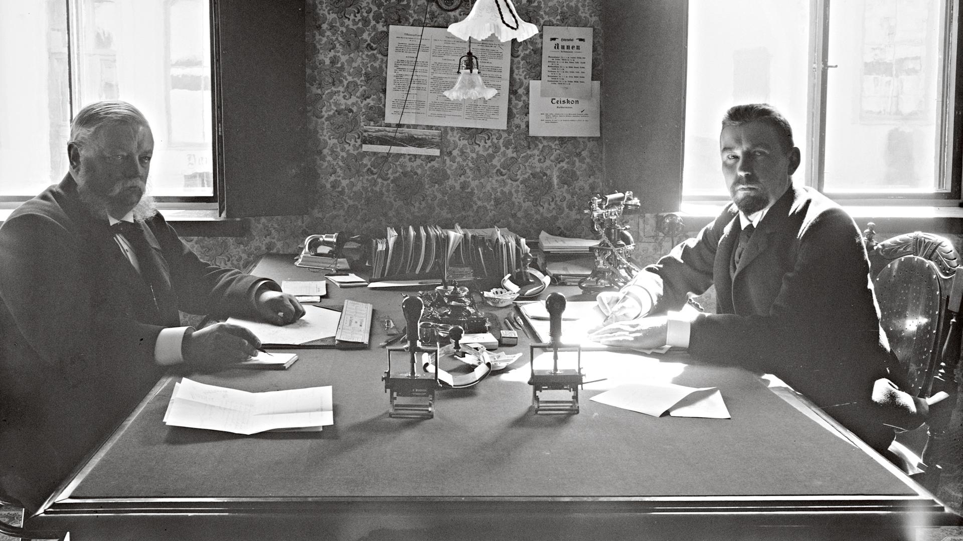 L. J. Hammare ja Nils Idman