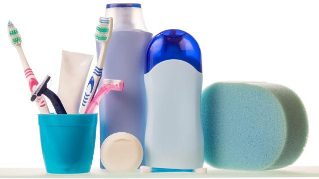 Triklosaani on antibakteerinen yhdiste, jota on lisätty valtavaan määrään erilaisia kulutustavaroita estämään bakteerien kasvua.