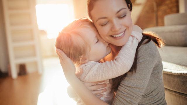Valtaosalla äideistä on työpaikka, jonne palata hoitovapaalta.