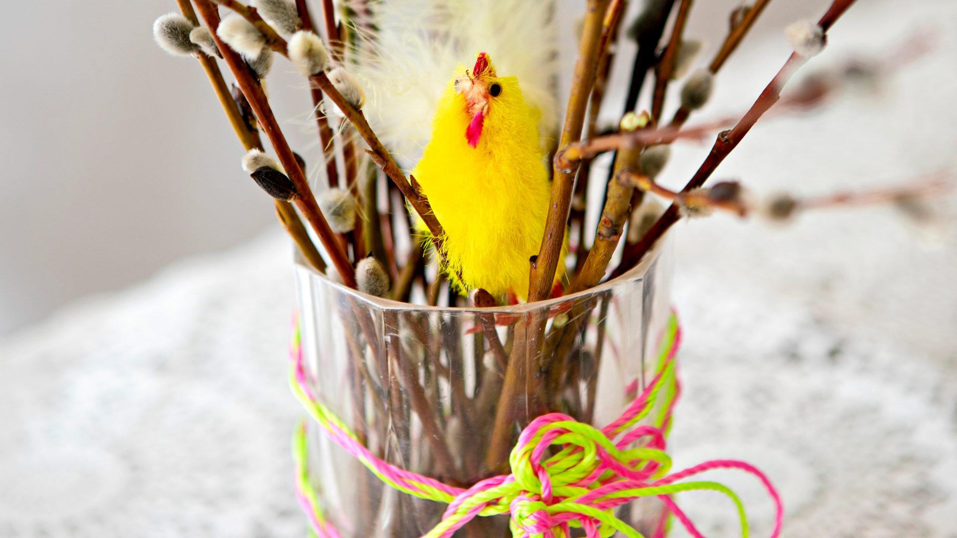 Pääsiäisen askarteluja