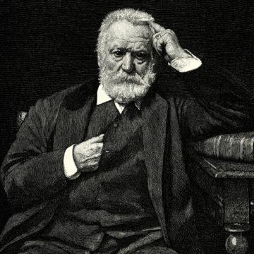Kirjailija ja runoilija Victor Hugon teksti Notre Damen kellonsoittajan tarusta Pariisin Notre-Dame (1831) on maailmankuulu.