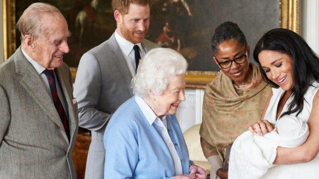 Archie Harrison Mountbatten-Windsor on englannin monarkian uusi jäsen.