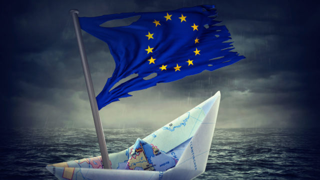 Enemmistö uskoo EU:n hajoavan lähivuosikymmenten aikana.