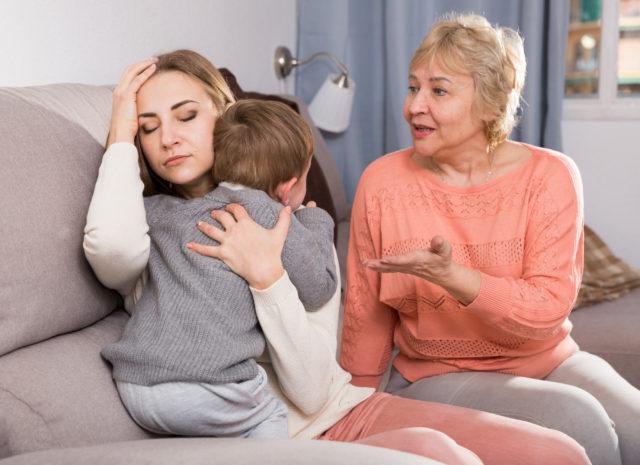 Aikuisten riidat vaikuttavat myös lasten ihmissuhteisiin.