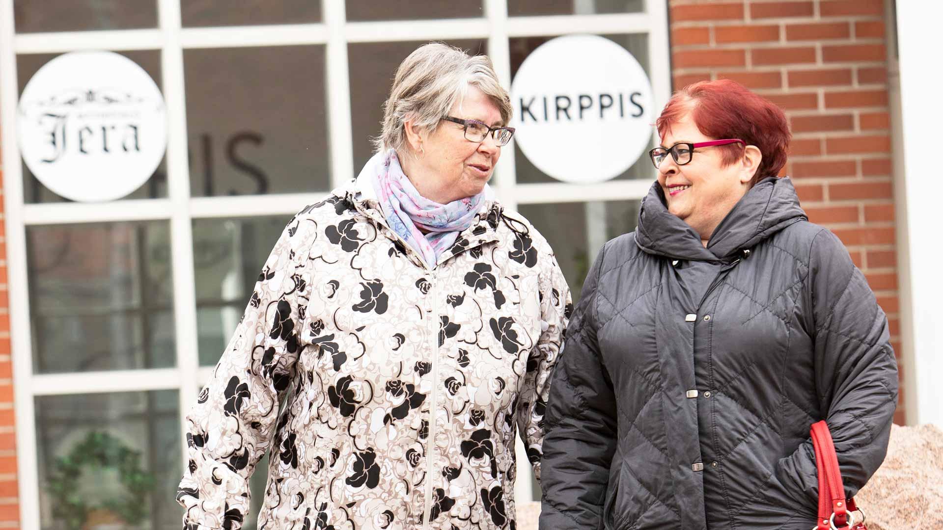 Anja Vähäkoski ja Pirjo Mäkelä