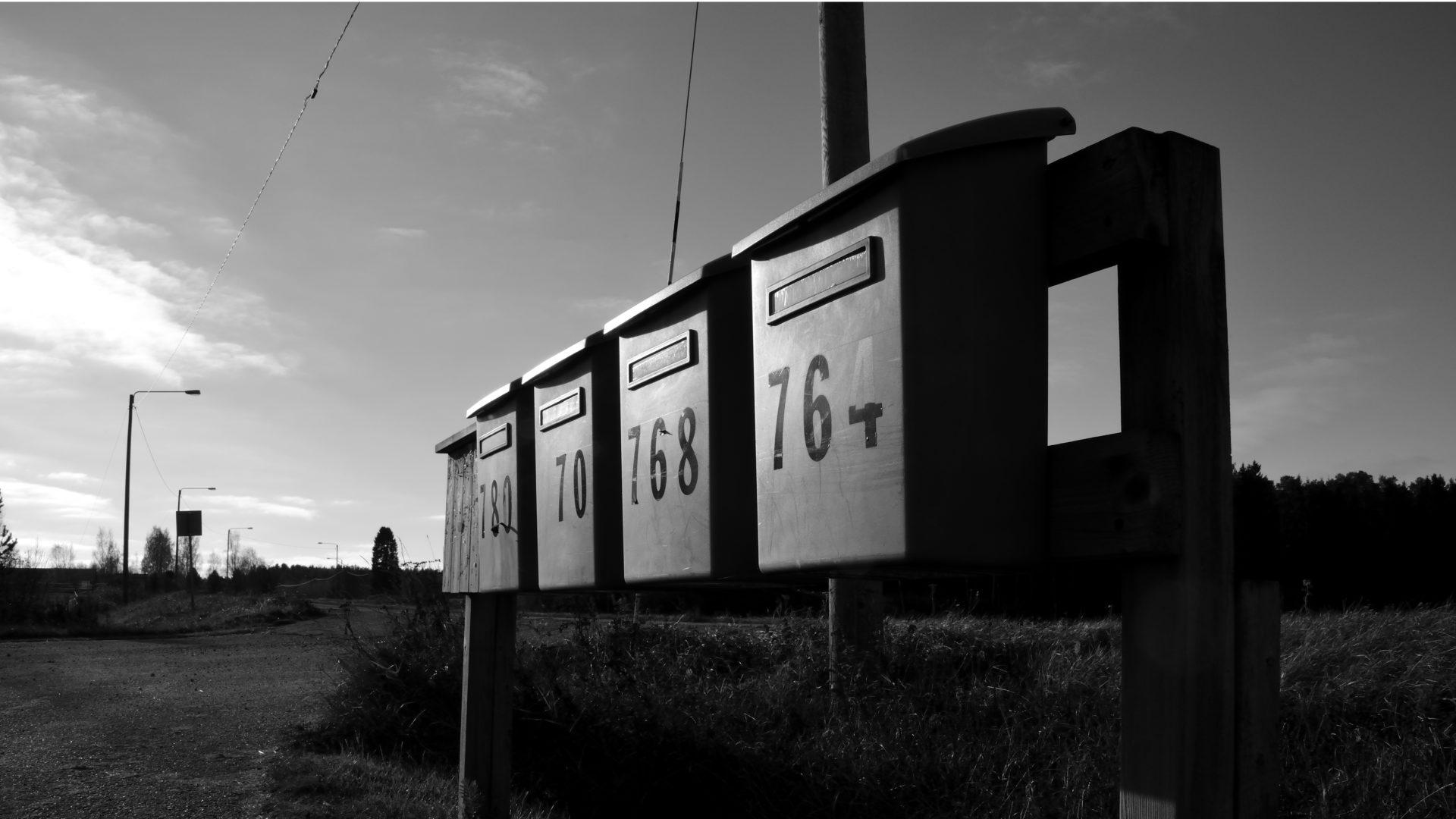 Postialan uusi yrittäjä aikoi maksaa liian vähän työntekijöilleen.