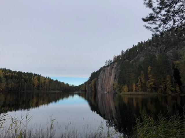 Repoveden kansallispuiston jylhät kalliot ihastuttavat.