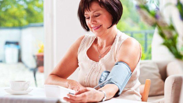 Kuinka usein verenpaine kannattaa tarkistuttaa?
