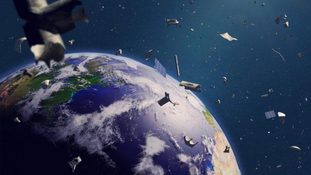 Avaruudessa on kohta ruuhkaa entistä enemmän, kun rikkaat lähettävät lisää satelliitteja.