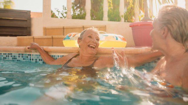 Mihin hotelleihin ja kylpylöihin saan eläkeläisalennuksen?