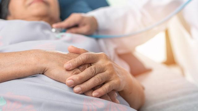 Sydän- ja verisuonitautien riskiin vaikuttaa moni yllättäväkin tekijä.