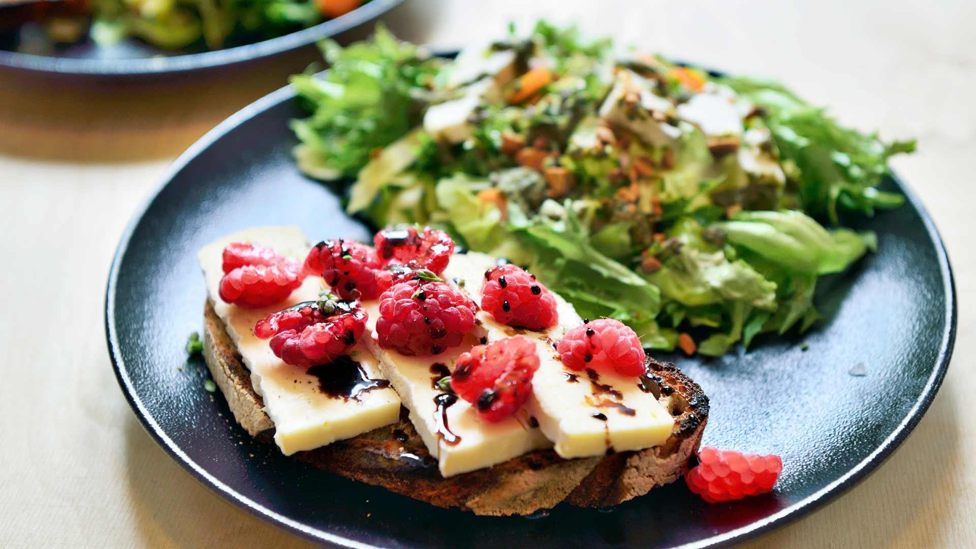 Salaattiannos
