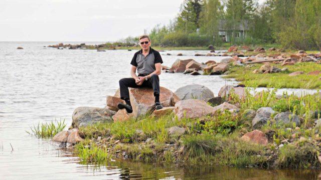 Timo Lehtonen sormikipu