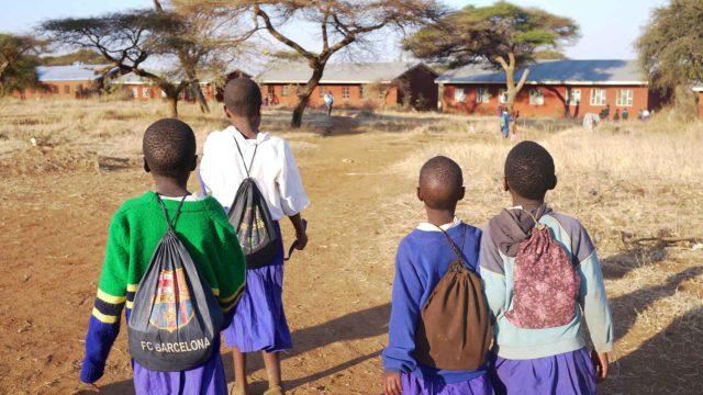 Harghushay – Koulumatka Savannilla