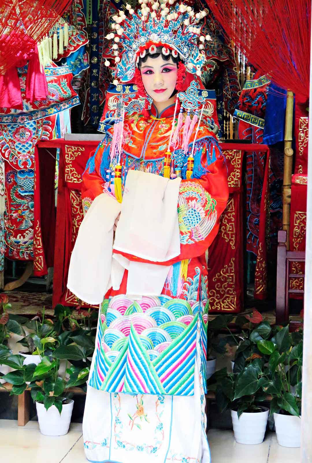 Tanssijatar Chengdun teehuoneessa