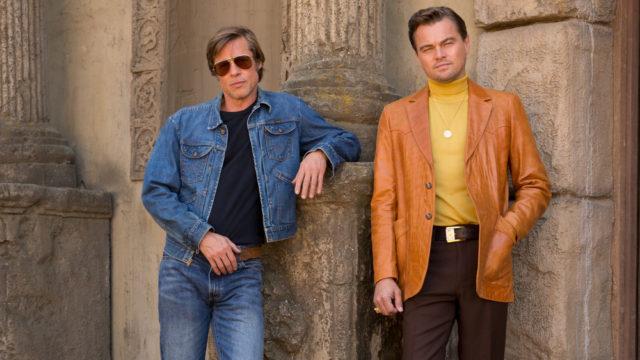 Leonardo DiCapriolla (oik.) ja Brad Pittilla on moniulotteinen suhde elokuvassa Once Upon a Time… in Hollywood.