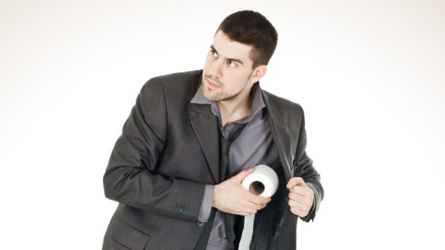Moni varastaa vessapaperia töistä.