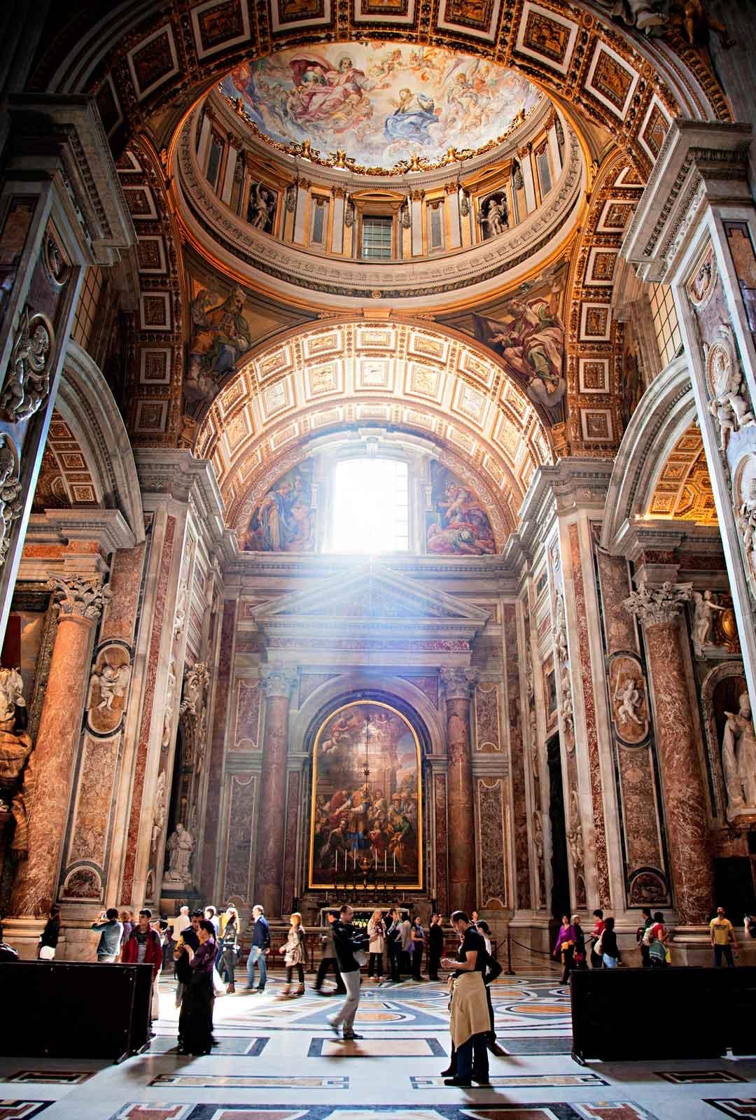 Vatikaanin symboli Pietarinkirkko