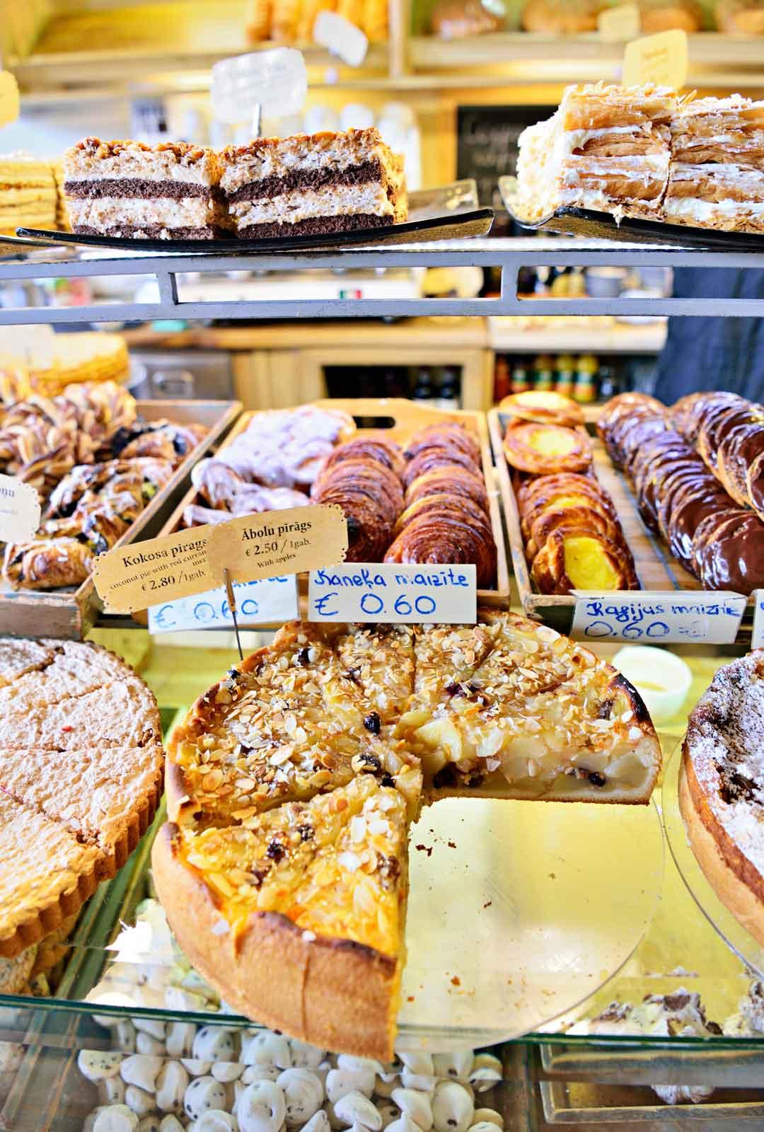 Edulliset leivonnaiset