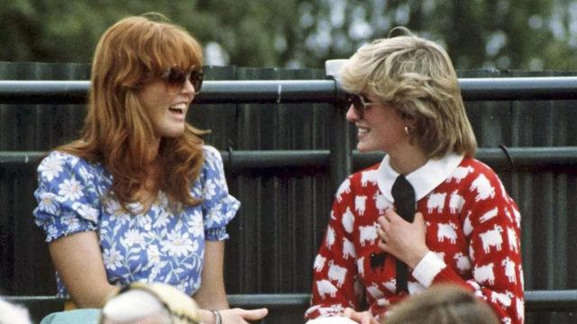 """Sarah oli läheisissä väleissä prinsessa Dianan kanssa. <span class=""""typography__copyright"""">GETTY IMAGES</span>"""