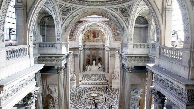 Haamuja Panthéonissa