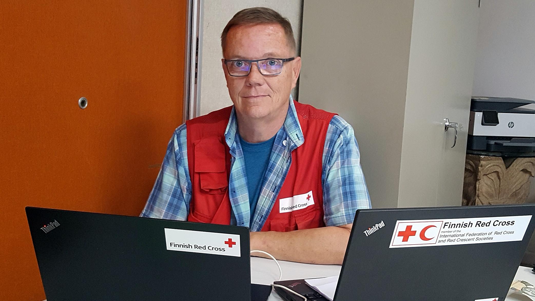 Jouko Ala-Outinen vie asiantuntija-apua Bahamalle