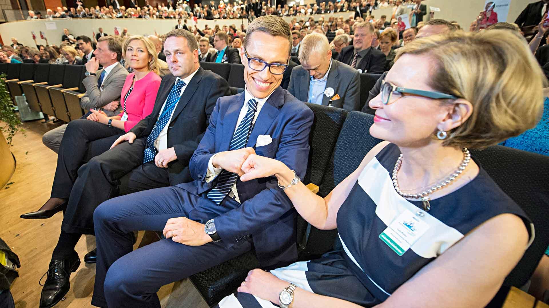 Alexander Stubb voitti Paula Risikon 2014, mutta puoluejohtajuuden arki oli myrkkyä Stubbin uralle. Risikon tie jatkui sisäministeriksi ja seuraavan eduskunnan puhemieheksi.