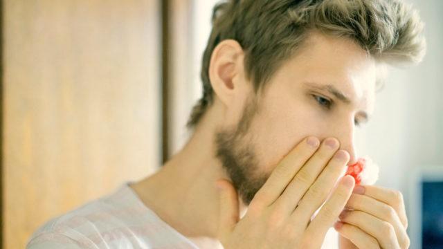 Mitä tehdä kun verta tulee nenästä?