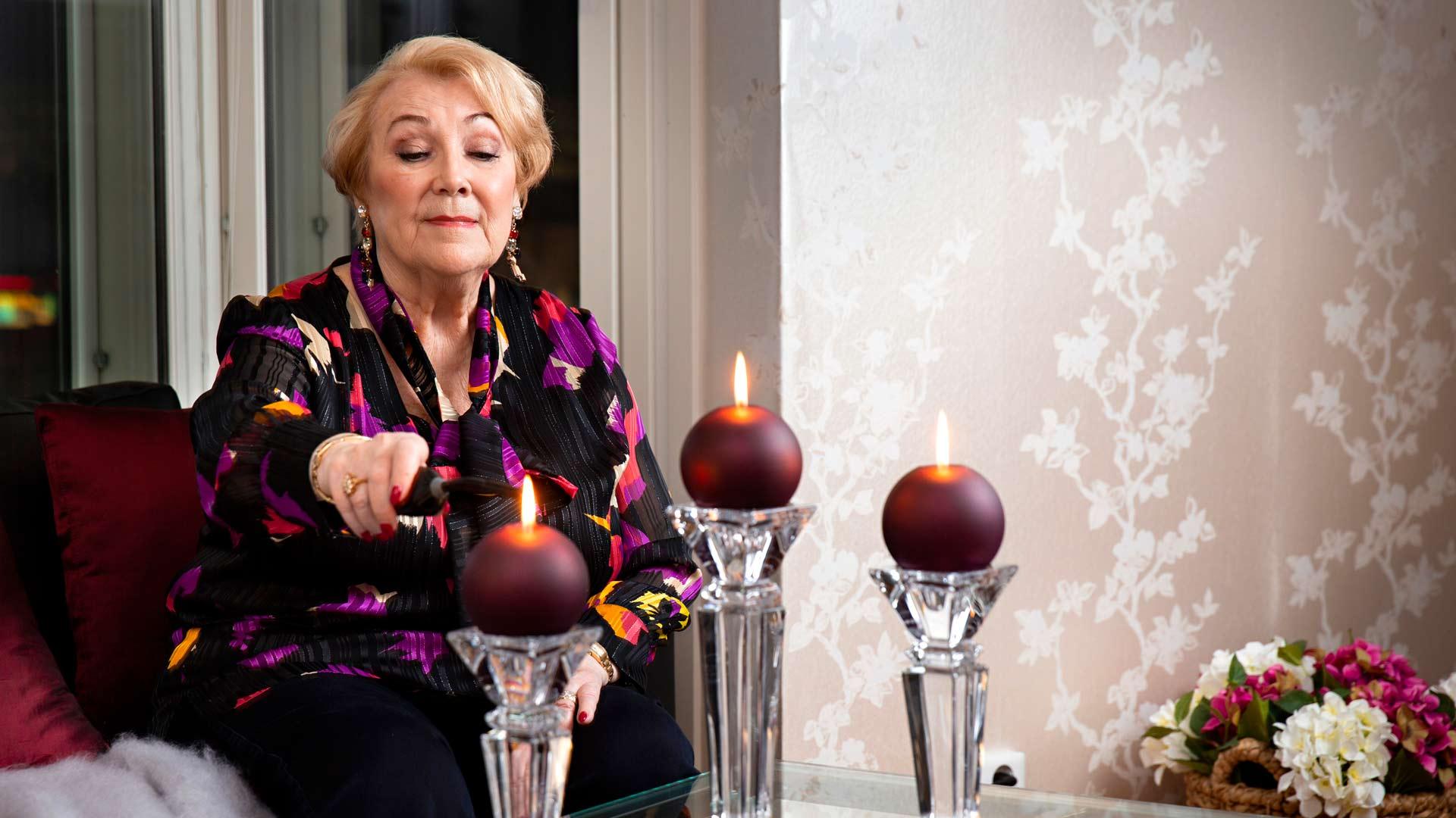 Anita Taipale ja kynttilät