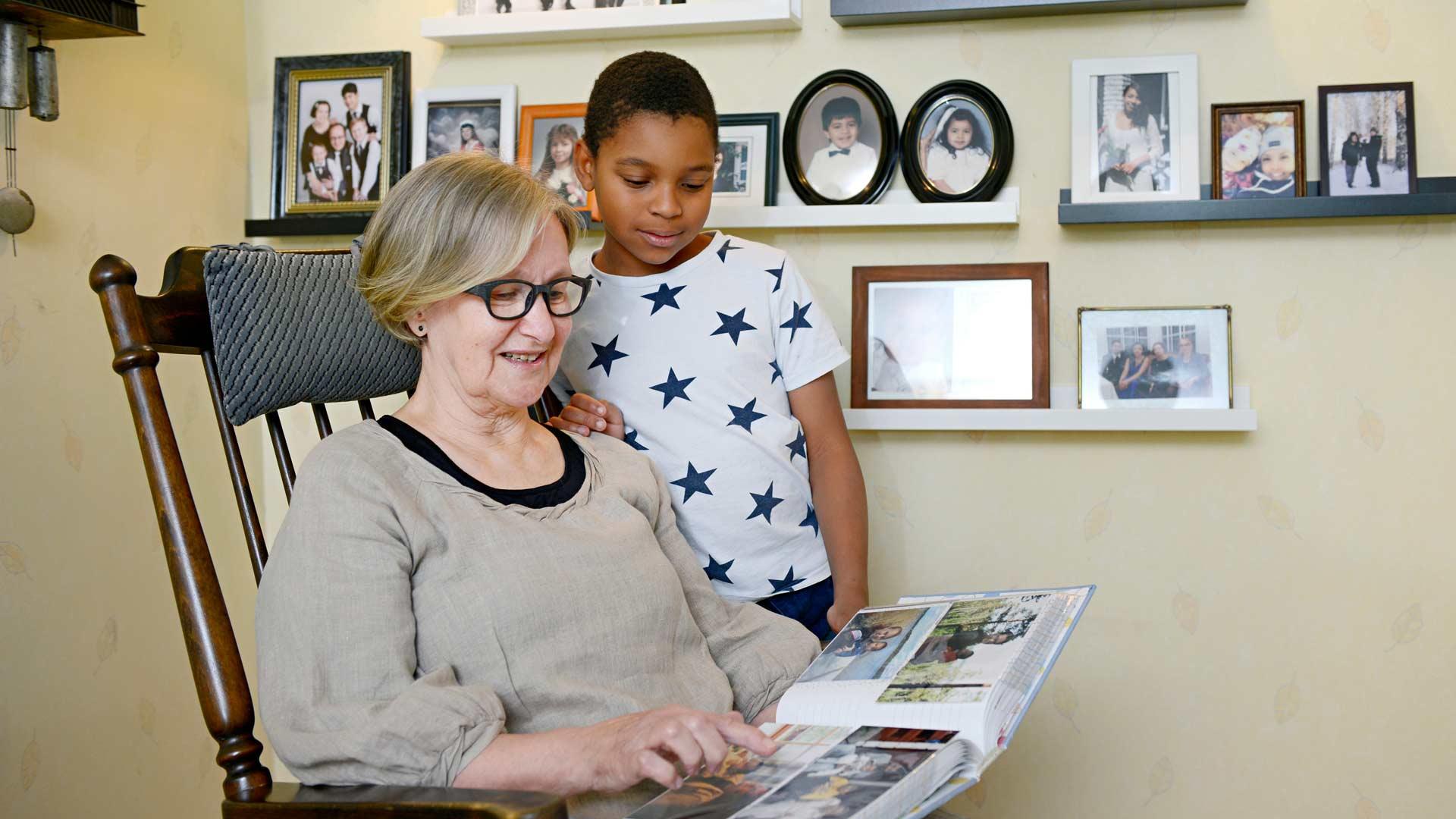 Daniel käy mielellään Seinäjoen mummulassa. Pojalla on myös kotikaupungissaan Lahdessa läheiset isovanhemmat.