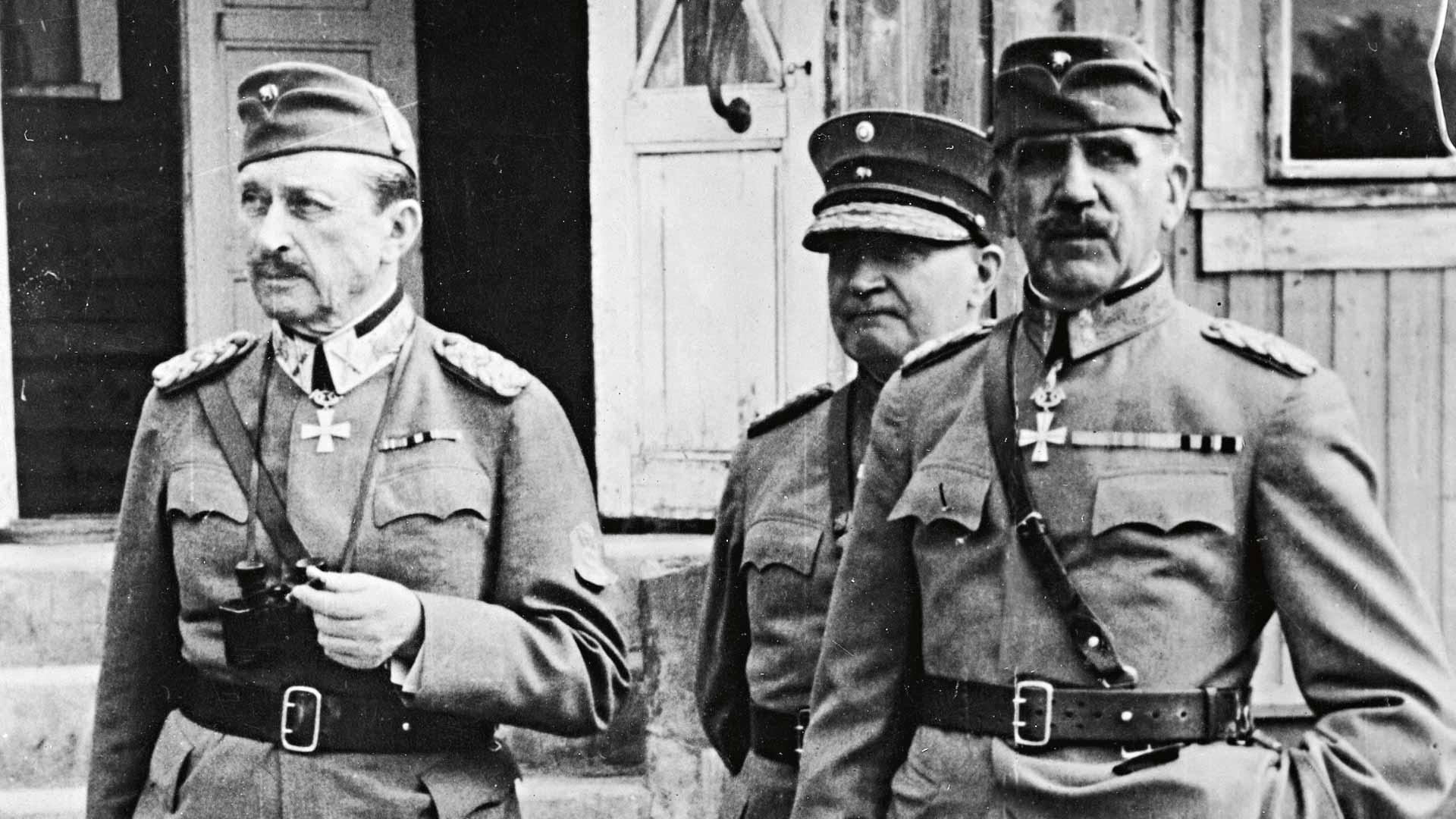 Puolustusvoimien päämaja oli Mikkelissä talvisodasta alkaen joulukuuhun 1944 asti. Ylipäällikkö Mannerheimin asuinpaikkakin oli venäläisten tiedossa.