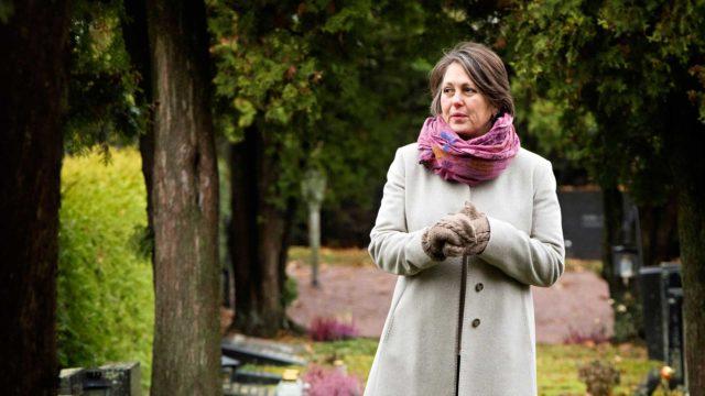 Marianna Stolbow toivoo, että Suomessa rohkaistuttaisiin puhumaan myös vaikeista tunteista.