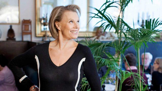 """Arja Saijonmaa: """"Paljastamme itsemme juuri sellaisena kuin olemme, koska ystävä ymmärtää."""""""
