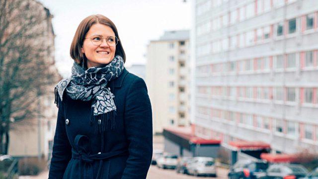 Anni Heinälän ihanne yhteiskunnasta on se, että ympäristöä ei tuhottaisi ja jokainen pystyisi elämään omalla tavallaan hyvää elämää.