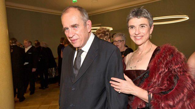 Puoliso Bitte Westerlundin mukaan (pariskunta kuvattuna Linnan juhlissa 2014) Jörn Donnerista tuli ikääntyessään rakastavampi ja kiltimpi ihminen.