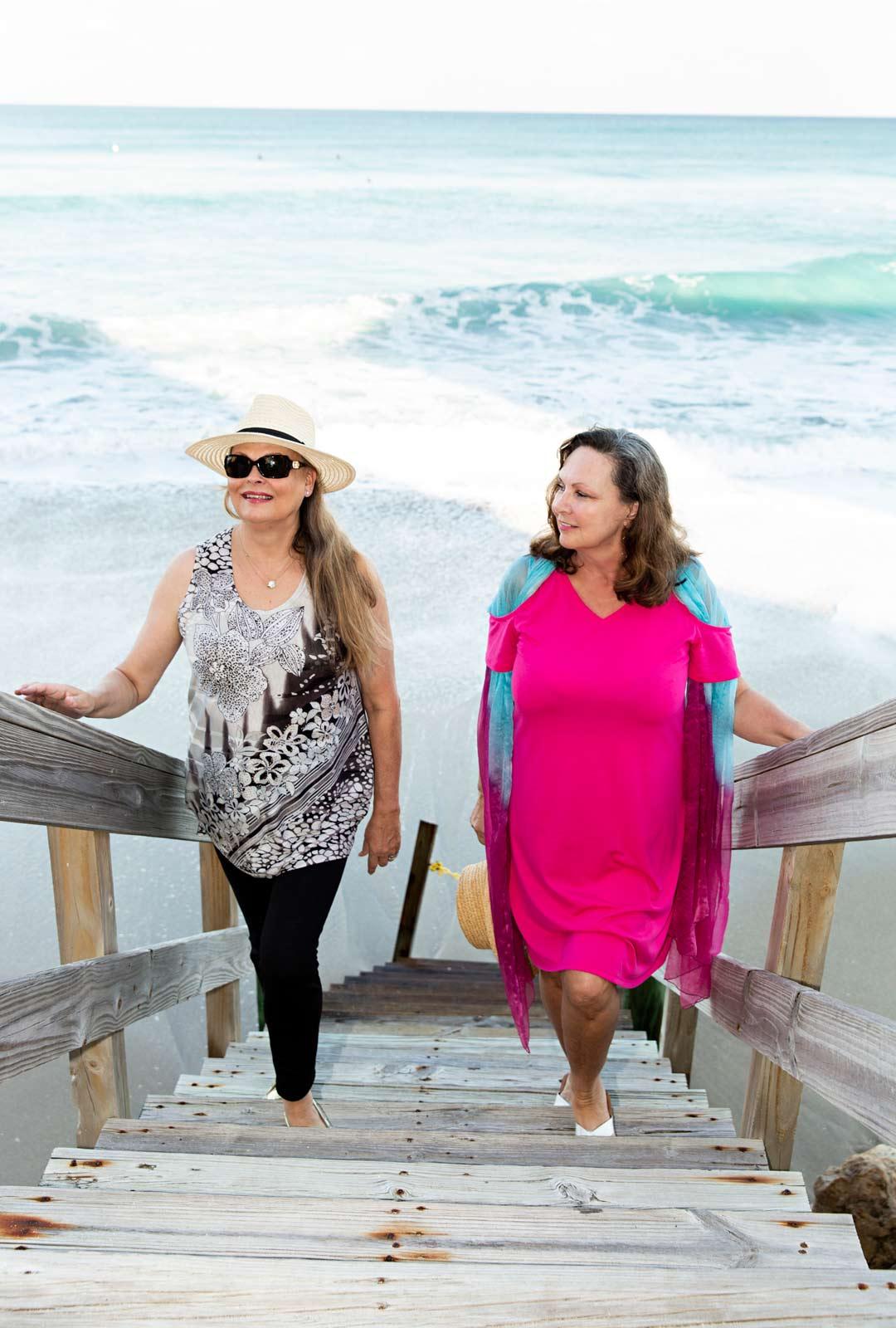 """Maiju Leskinen ihastui Floridaan, kun hän vietti viikonloppua Anne Pohtamo seurassaan. """"Kävelimme rannalla, jonka hiekkaan jalat eivät uponneet ja ajattelin, että Phil rakastaisi tätä."""""""