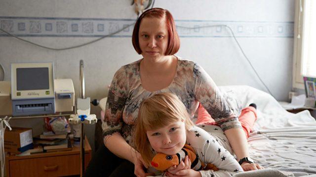 Heidi Lehto on onnellinen siitä, että Ronja-tytär on terve.
